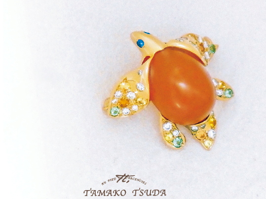 画像:RED turtle brooch